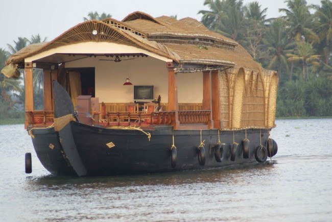 Cochin houseboat tour
